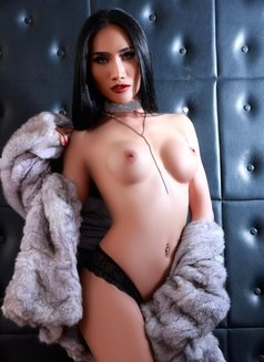 Ts Chunly - The Shemale Python - Transsexual escort in Bangkok Photo 16 of 30