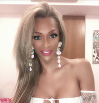 Ts Cynthia - Transsexual escort in Singapore