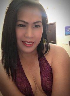 Ts Jeny - Transsexual escort in Manila Photo 10 of 12