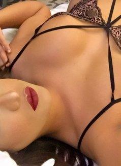 Ts Kimmy Xxx - Transsexual escort in Dubai Photo 11 of 11