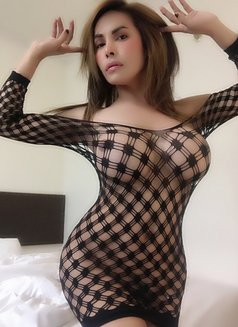 Ts Kylie 100% real fully functional - Transsexual escort in Tokyo Photo 23 of 28