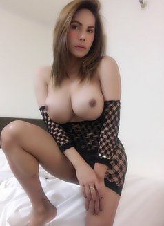 Ts Kylie 100% real fully functional - Transsexual escort in Tokyo Photo 24 of 28