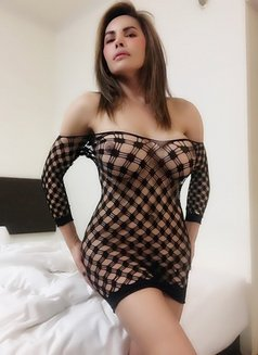 Ts Kylie 100% real fully functional - Transsexual escort in Tokyo Photo 25 of 28