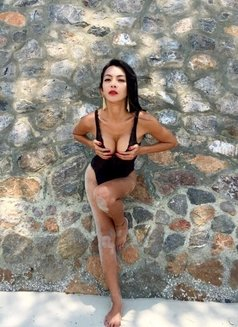 Ts Lalita Sexy - Transsexual escort in Shanghai Photo 1 of 18