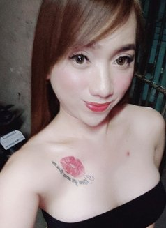 Ts Mickaliciousz - Transsexual escort in Manila Photo 19 of 30