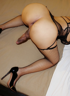 TS Nichole - Transsexual escort in Singapore Photo 3 of 26