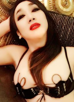 ??JAPAN NORIKO LAST DAY IN DUBAI - Transsexual escort in Dubai Photo 27 of 30