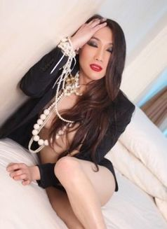 ??JAPAN NORIKO LAST DAY IN DUBAI - Transsexual escort in Dubai Photo 28 of 30