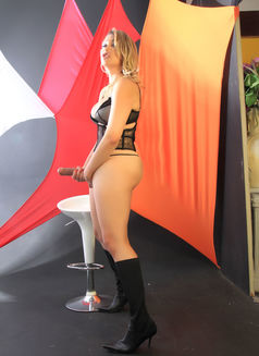 Ts Miss Moss - Transsexual escort in Newcastle upon Tyne Photo 11 of 12