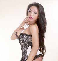 Ts Rafaella last 2 days! - Transsexual escort in Mumbai Photo 4 of 16