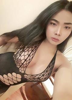TS.Reya - Transsexual escort in Dubai Photo 7 of 10