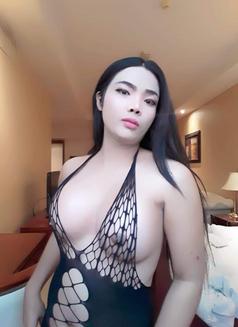 TS.Reya - Transsexual escort in Dubai Photo 9 of 10