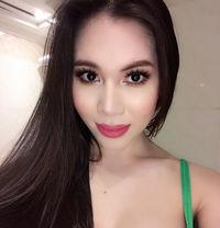 TS Sheena 100% Beaυтy & Genυιne Sнeмale - Transsexual escort in Dubai