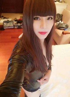 Ts Tsnny - Transsexual escort in Shanghai Photo 1 of 4