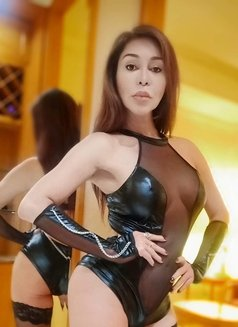Ts Magnum Victoria - Transsexual escort in Hong Kong Photo 18 of 18
