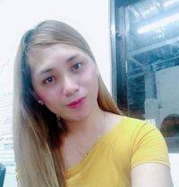 Tschloe - Transsexual escort in Manila