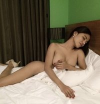 Ladyboy Kate - Transsexual escort in Makati City Photo 3 of 27