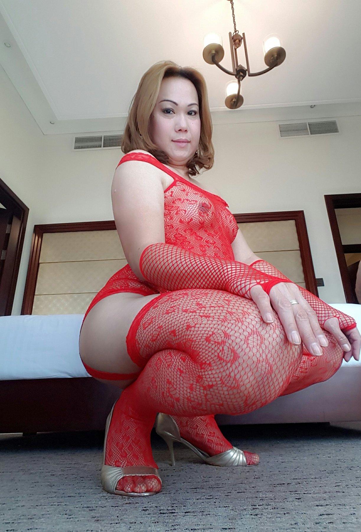 Ladyboy body massage-5020