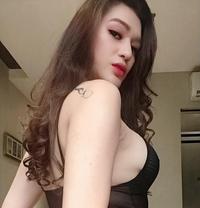 TsNene leaving soon - Transsexual escort in Tokyo
