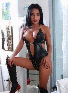facial cumshot model escorts in bangkok