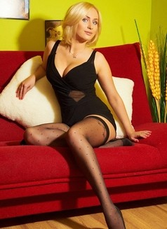 Uliya 100 € - escort in Saint Petersburg Photo 1 of 4