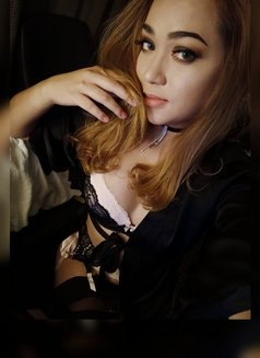 PRIVATE CAMSHOW-APPLEGARCIA - Transsexual escort in Manila Photo 18 of 23