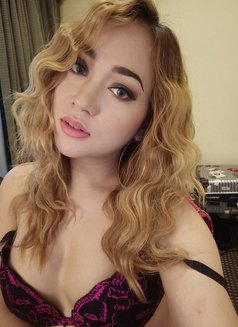 PRIVATE CAMSHOW-APPLEGARCIA - Transsexual escort in Manila Photo 20 of 23