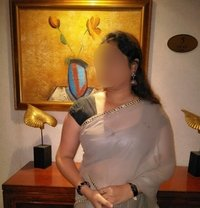 Usha South Indian Escort - escort in Abu Dhabi