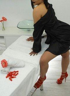 Vanessa - escort in Lisbon Photo 3 of 5