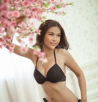 Vanida - escort in Bangkok Photo 5 of 18