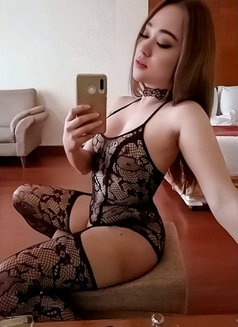 PRIVATE CAMSHOW-APPLEGARCIA - Transsexual escort in Manila Photo 23 of 23