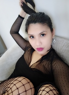 VERSATILE Classy Ts Phau - Transsexual escort in Dubai Photo 4 of 27