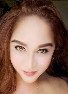 Versatile Ts Aira - Transsexual escort in Abu Dhabi Photo 2 of 14