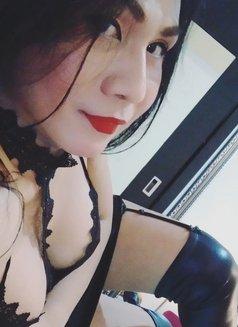 VerstileTOP XL SexyTiffany - Transsexual escort in Jakarta Photo 27 of 30