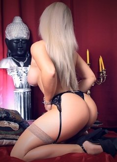 Victoria - incall outcall - escort in Lisbon Photo 1 of 6