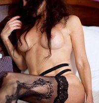 Vika Tantra - escort in Paris Photo 17 of 17
