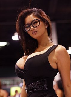 Vip Filipina Babes - escort agency in Abu Dhabi Photo 2 of 5