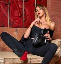 Vip Morgane - Transsexual escort in Paris Photo 17 of 21