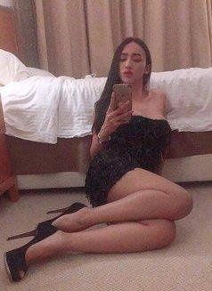 Vip Pornstar Shemale - Transsexual escort in Dubai Photo 13 of 13