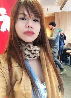 Vivian - Transsexual escort in Tokyo Photo 10 of 24