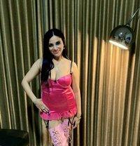 Vivian - escort in Singapore