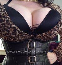 Vivien Claire - dominatrix in Windsor