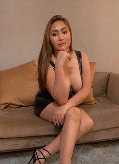 HOT & SEXY CURVACEOUS GIRL - escort in Taipei Photo 10 of 28