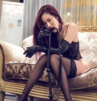 Wendy - dominatrix in Shanghai