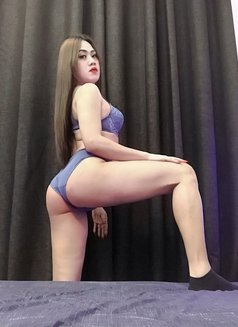 New! Wildest Top Ts Kendall. - Transsexual escort in Dubai Photo 1 of 10