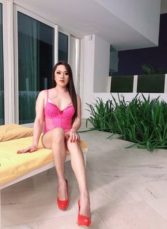 New! Wildest Top Ts Kendall. - Transsexual escort in Dubai Photo 7 of 10