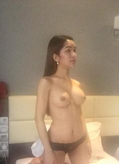 Woman Olivia - escort in Kuala Lumpur Photo 1 of 4