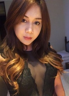 Creamy XinAshlee available for camshow - Transsexual escort in Manila Photo 3 of 21