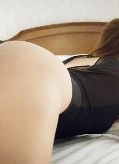 Creamy XinAshlee available for camshow - Transsexual escort in Manila Photo 6 of 21