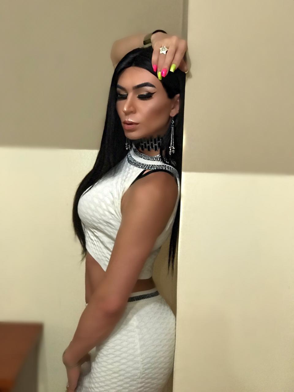 Xxl Biggest Dick in Dubai Zahra, Lebanese Transsexual